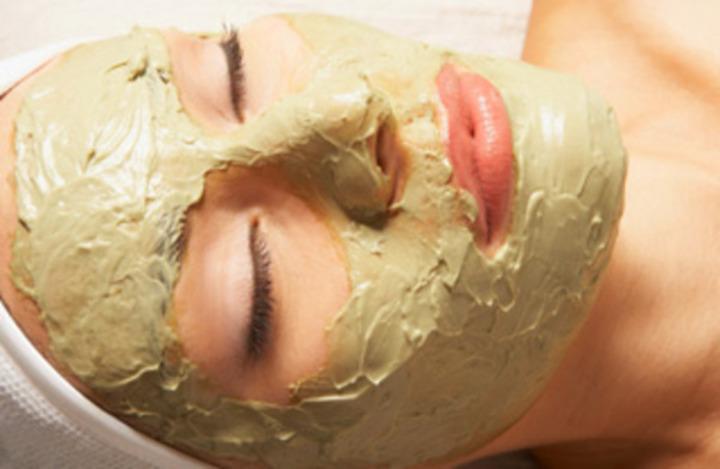 Pleťová maska na tvář ze zeleného jílu Argital